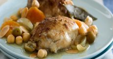 Slow Cooker Moroccan Chicken with Apricots:: Olives and Almonds